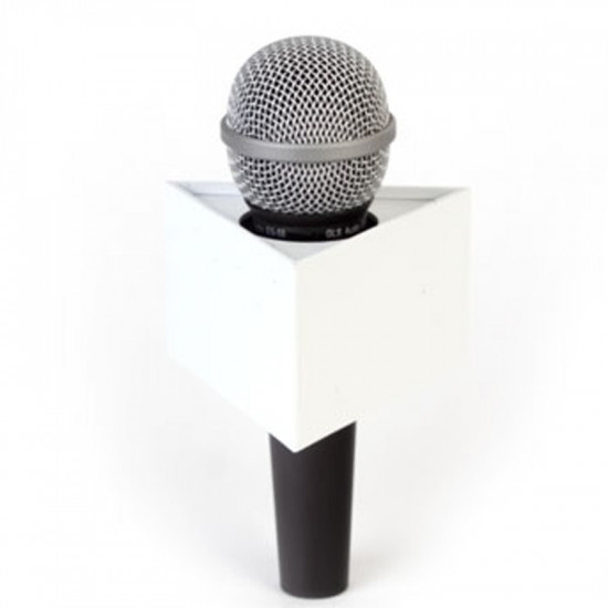 "Benchmark T375225W Portalogo ""Micflag"" Blanco Triangular para Micrófono de mano 9,50cm x 5,70cm"