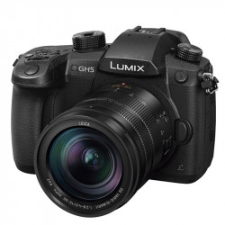 Panasonic Lumix GH5 Micro 4/3 Cinema 4K con lente Lumix 12-60mm f/2.8-4