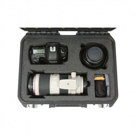 SKB 13096SLR2 Maleta impermeable resistente al agua para cámaras DSLR